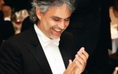 Toscana: Andrea Bocelli invita anche Sofia Loren a cena al Forte dei Marmi contro l'Alzheimer