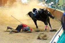 L'incidente durante la Giostra dell'Orso a Pistoia