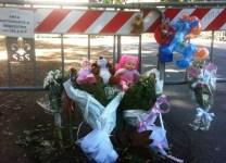 Parco delle Cascine, fiori e piccoli pupazzi per le due vittime del ramo killer