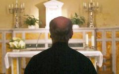 Livorno, parroco di 54 anni si toglie la vita