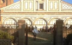 Firenze, matrimonio Carrai-Comparini: Renzi e signora testimoni. Con 300 vip e massiccio spiegamento di forze dell'ordine (a spese del contr...