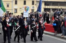 Una delle sezioni toscane dell'Associazione Carabinieri durante la sfilata a Fiesole