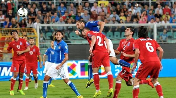 Chiellini ha fatto centro due volte con l'Azerbaigian: ora Conte aspetta i gol dagli attaccanti. Anche dall'ex ballerino Pellè