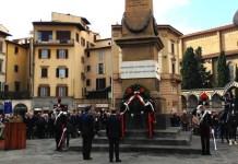 La cerimonia in piazza dell'Unità per la Giornata delle Forze Armate