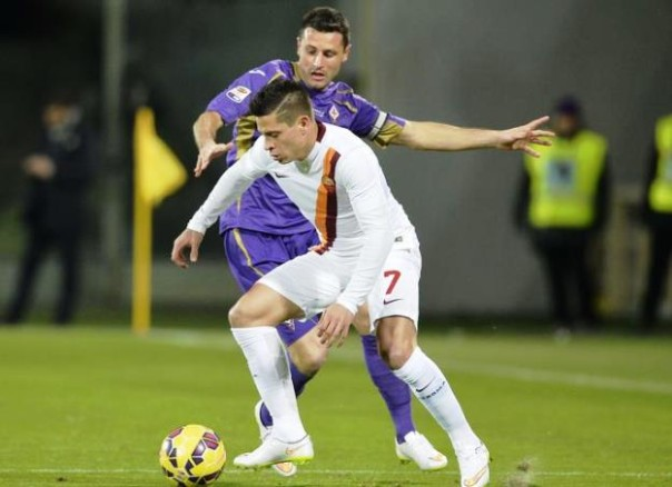 Pasqual sarà confermato titolare anche contro l'Atalanta