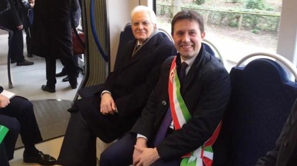Mattarella con Nardella sulla tramvia, in occasione di una visita del Capo dello Stato