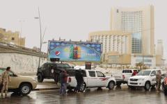 «Qui Tripoli, ho visto sparare per le strade»