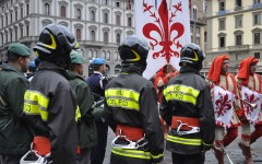 Firenze: i sindacati USB contestano le manifestazioni dei vigili del fuoco per il 50° dell'alluvione