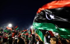 L'Isis avanza in Libia. Gentiloni: «L'Italia è minacciata, siamo pronti a combattere»