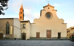 Firenze, Santo spirito: somalo ubriaco lancia bottiglie dal sagrato. Arrestato