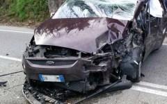 Maltempo, Toscana: un morto (schiacciato in auto da un masso) e diversi feriti per il vento a più di 100 Km all'ora