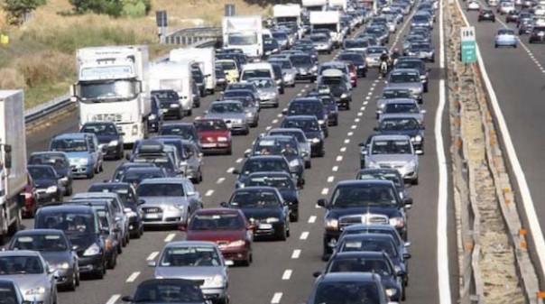Code di traffico in autostrada