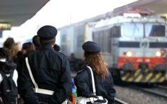 Firenze, arrestati otto immigrati sul treno per Vienna con documenti falsi