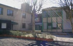 Campi Bisenzio, crolla infisso in una scuola: due bambini feriti