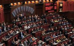 Vitalizi: la Camera sospende la seduta. Domani 26 luglio voto finale
