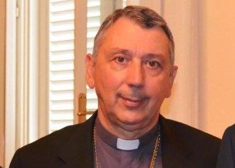 Il vescovo di Livorno, monsignor Simone Giusti