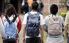 Scuola, Toscana: mezzo milione di ragazzi in classe. Ma il 15 settembre niente lezioni: insegnanti in assemblea (non la moglie del premier R...