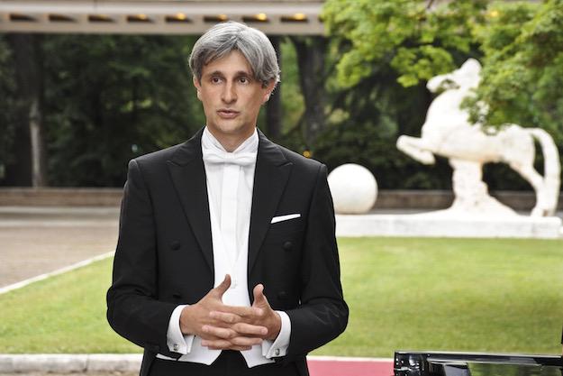 Il pianista Francesco Attesti (Foto Isma)