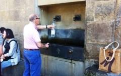 Firenze, la denuncia di Altroconsumo: «L'acqua del sindaco è piena di piombo»
