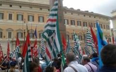 Province, successo del presidio davanti a Montecitorio: i sindacati attendono una convocazione del governo
