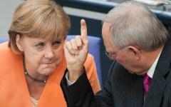 Europa, ristrutturazione dei debiti, due pesi e due misure: Schäuble attacca la Grecia e benedice l'Austria