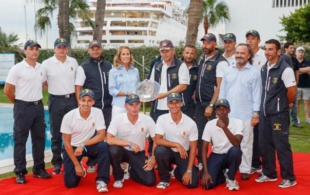 L'equipaggio del Corsaro II alla premiazione della regata (foto dal sito ufficiale della manifestazione: clubdemar-mallorca.com/).