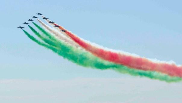 La bandiera delle Frecce Tricolori è lunga circa 4 chilometri