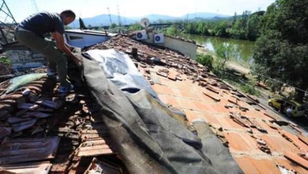 Nubifragio a Firenze, sgravi Cosap per chi deve ristrutturare gli edifici