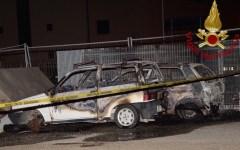 Pontedera: cadavere carbonizzato trovato dai vigili del fuoco nel parcheggio vicino alla stazione