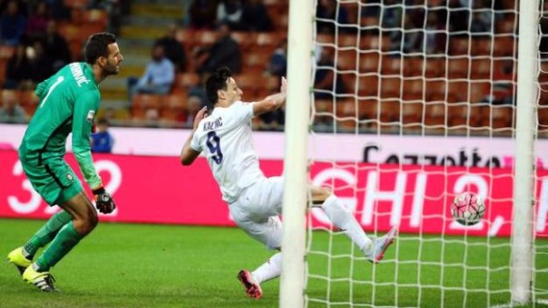 Inter-Fiorentina, Kalinic a segno tre volte. E  ha provocato l'espulsione di Miranda