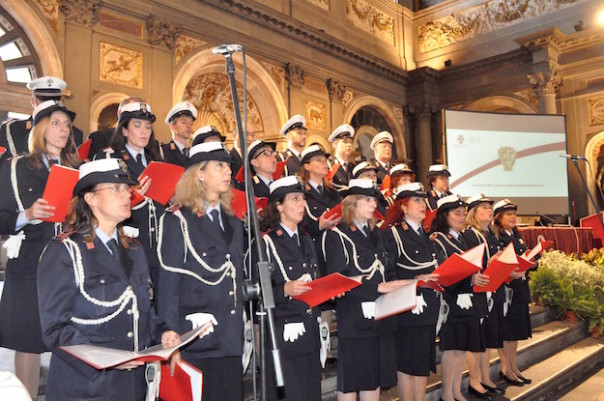 Il coro della Polizia Municipale di Firenze diretto dal Vice Ispettore Arturo Dugini