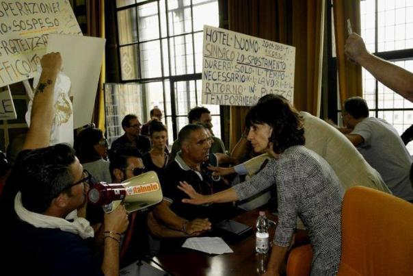 Protesta bancarellai a Pisa