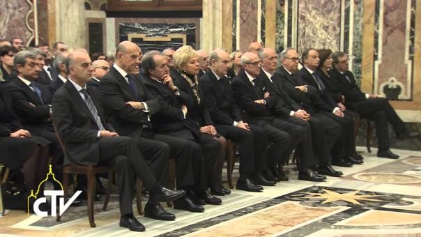 I prefetti ricevuti in udienza da Papa Francesco