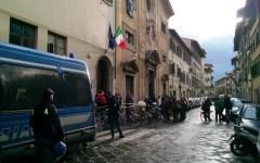 Firenze, sgombero al liceo artistico Alberti occupato: 50 studenti denunciati