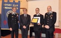 Firenze: premiato dal Rotary carabiniere che si tuffò in Arno per salvare un uomo che voleva annegare