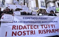 Decreto salva-banche, a Roma sotto la Banca d'Italia la protesta dei risparmiatori. Appello a Papa Francesco