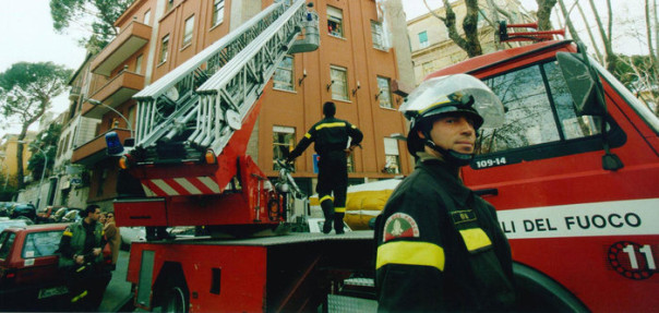 Vigili fuoco autoscala