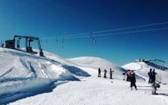 Abetone: bambina di 7 anni cade sugli sci e s'infortuna a una gamba. Trasportata al Meyer con il Pegaso