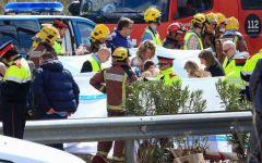 Tarragona (Spagna) : scontro camion pullman, 13 studenti morti 43 feriti. C'erano a bordo anche alcuni italiani