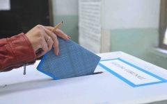 Ballottaggi: metà degli elettori disertano le urne, alle ore 23 ha votato il 50,52%, in Toscana il 55,97%