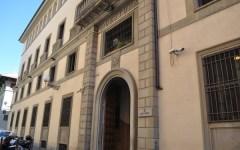 Firenze, studentesse americane accusano: violentate da due carabinieri. Denuncia in questura