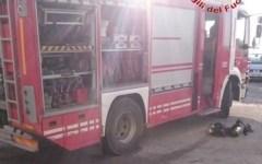 Barberino: incendio in officina, danni ma nessun ferito. L'intervento dei vigili del fuoco