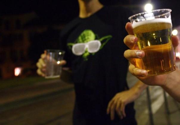Alcol giovani movida