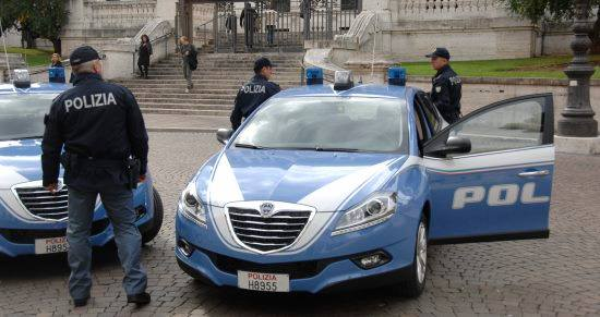 polizia-di-stato-auto-reparto-prevenzione-crimine-3