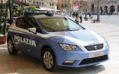 Firenze: palestinese arrestato dai poliziotti, inseguito con scooter prestato da passante
