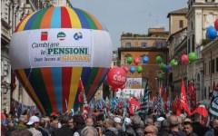 Pensioni: protesta sindacale continua. Il 19 maggio nuova manifestazione per la rivalutazione degli assegni