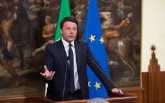 Regioni: dopo il referendum Renzi prepara la riforma (e la vendetta). E progetta riduzione di numero, competenze e compensi ai politici