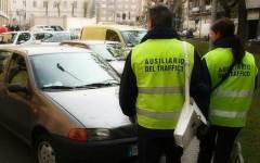 Firenze: multe per divieto di sosta affidate dal Comune ai vigilini, ma per Aduc è violata la legge