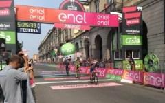 Giro d'Italia: a Pinerolo vittoria di Matteo Trentin, con tripletta italiana. Immutata la classifica generale