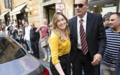 Direzione Pd, Renzi chiama all'unità in vista delle amministrative. Scontro Boschi - Cuperlo